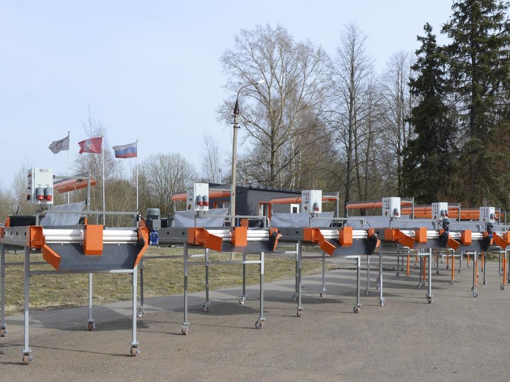 Инспекционные столы роликовые на площадке завода