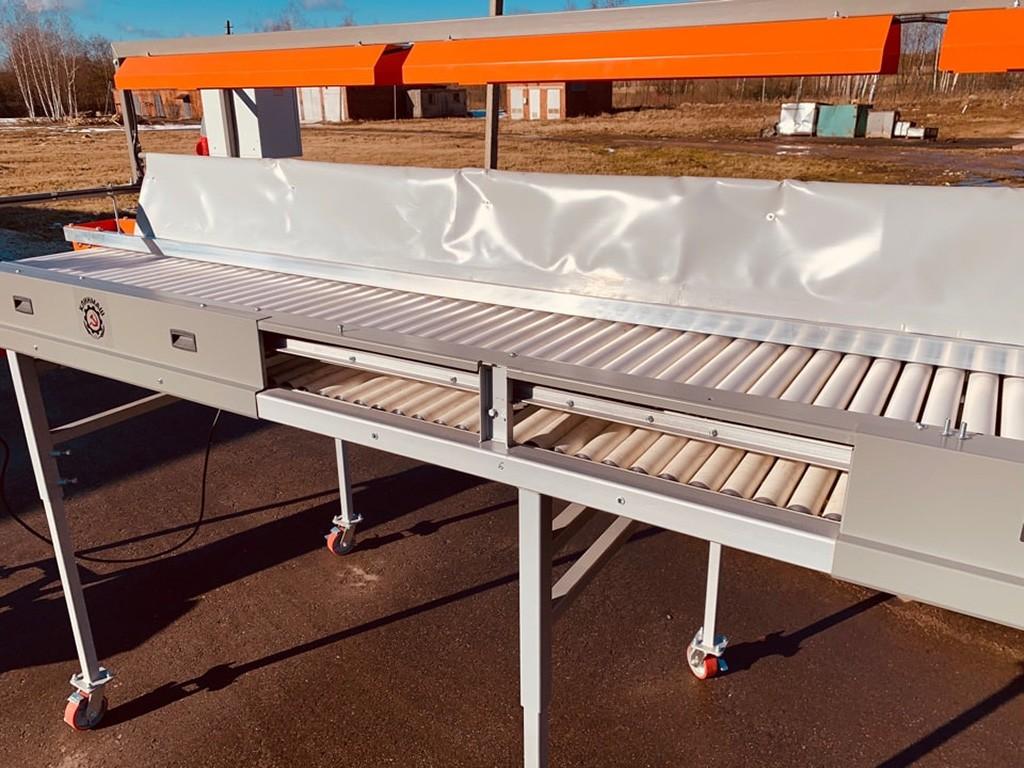 Инспекционный стол на площадке завода