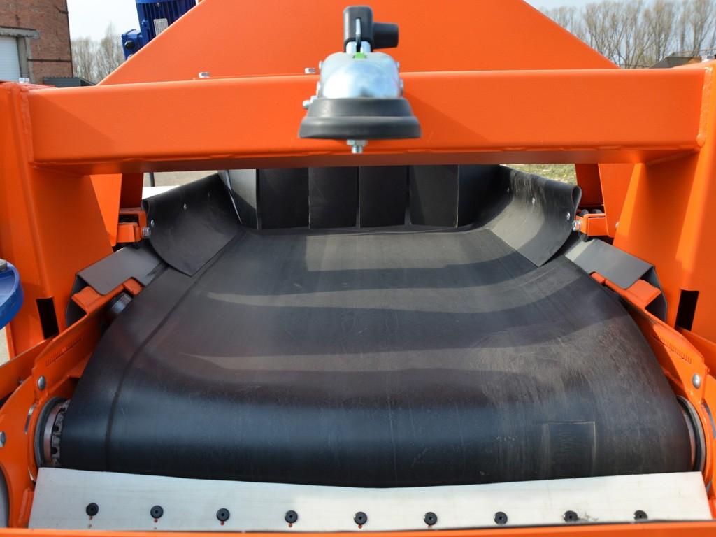Горизонтальный ленточный конвейер для огурцов