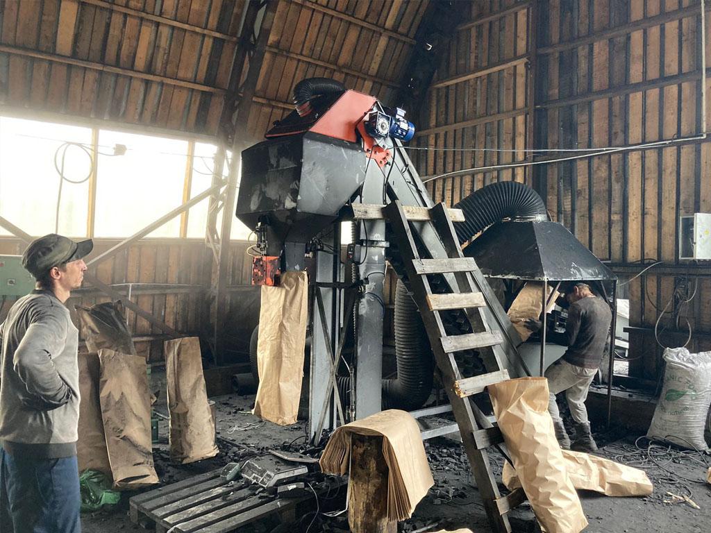 Взвешивание и фасовка угля